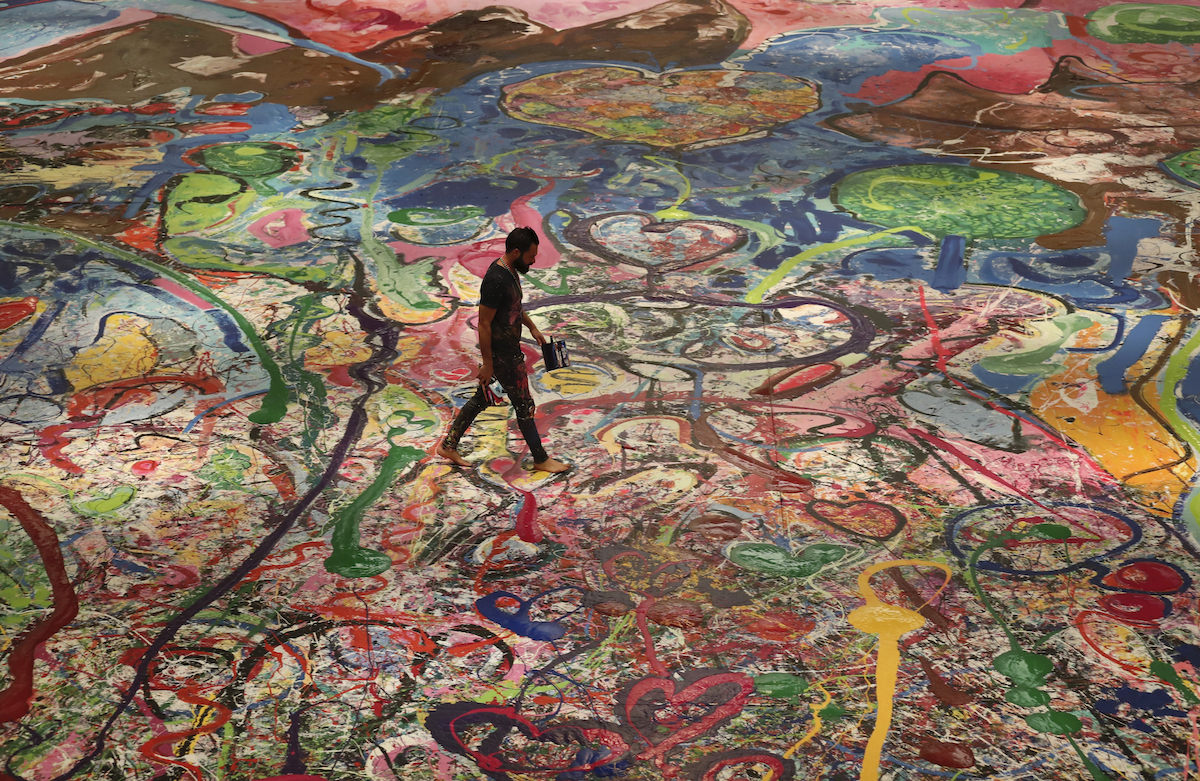 World's largest painting sold! (And a billionaire setting up an NFT e-gallery)